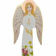 Anioł na drewnie