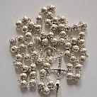Różaniec metalowy z różyczkami